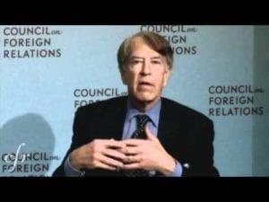 Roger Altman - předseda investiční banky Evercore, člen Council on Foreign Relations, Brookings Institute a skupiny Bilderberg.