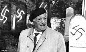 """""""Simone, vždyť říkáš lež."""" – přední historik holocaustu Jehuda Bauer"""